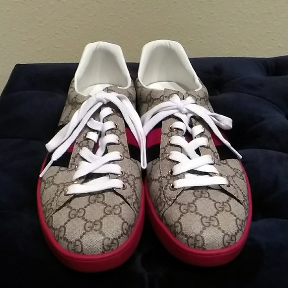 e5a31a93109 Gucci Other - Ace GG Supreme low top sneaker
